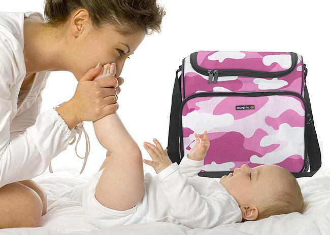mom_and_bag