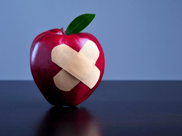 intro-apple-bandaid-600x450-TS-100587560