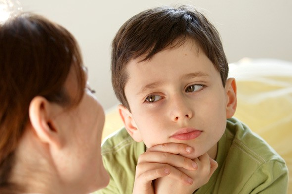 mother-boy-talking-rex-1336674537