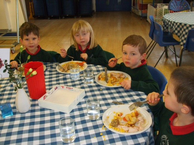 Pupils Eating