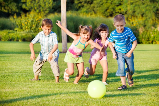 The-Benefits-Of-Playing-Outside-For-Children