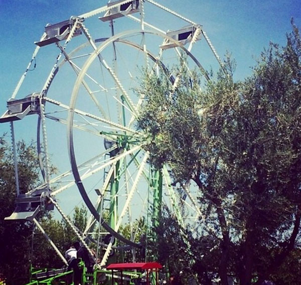1403428939_kim-kardashian-north-west-kanye-west-kidchella-festival-first-birthday-party-kendall-jenner-ferris-wheel