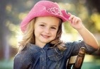 cute-girl-with-beautiful-hat-679