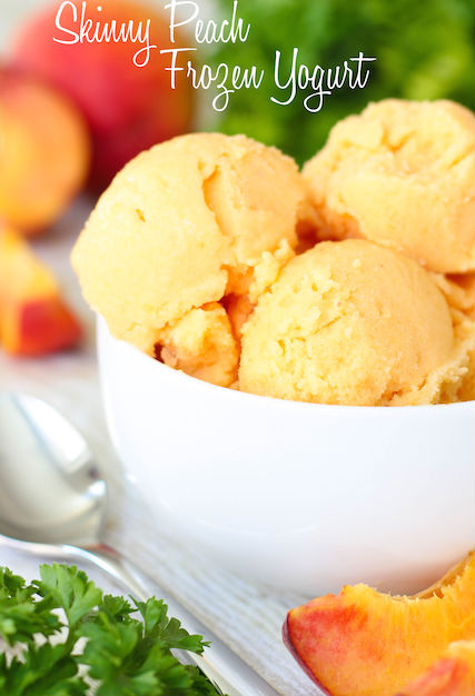 skinny peach frozen yogurt. healthy dessert recipe. highheelsandgrills.com