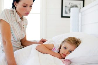 224760-kids-in-mums-bed