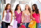 24621-hd-women-shopping