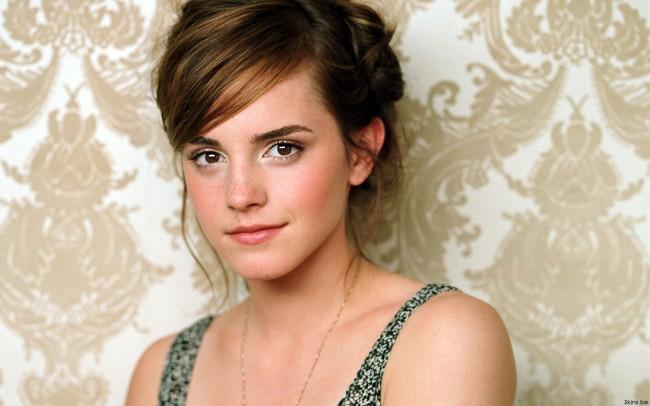 Emma-Watson-emma-watson-8948958-1920-1200