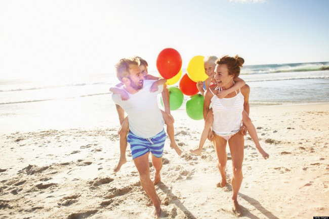 o-FAMILY-VACATION-BEACH-facebook
