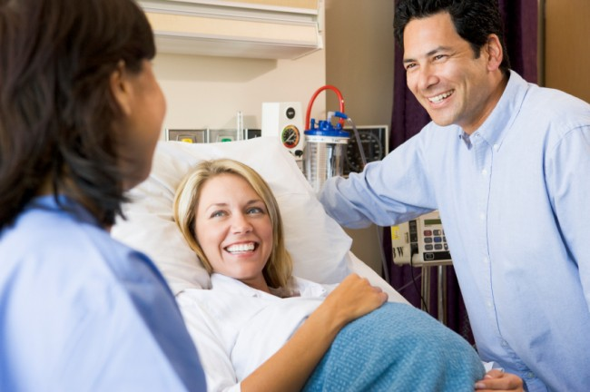 pregnant-woman-at-the-hospital
