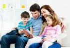 realtor-family-looking-for-schools