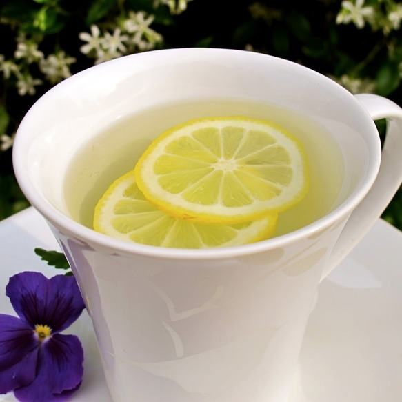 w744h744_14637-why-you-should-be-drinking-lemon-water-in-the-morning