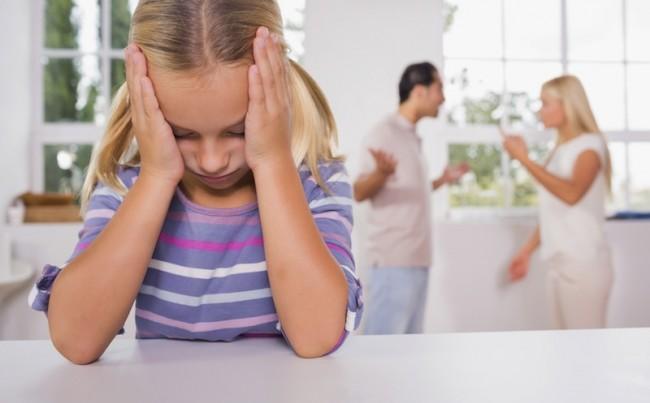http://www.infokids.gr/wp-content/uploads/2014/10/fighting-parents-130328.jpg