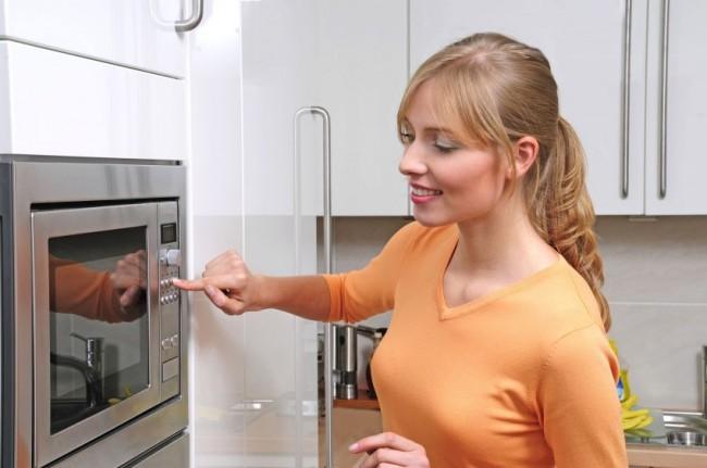 Kitchen-Microwave4