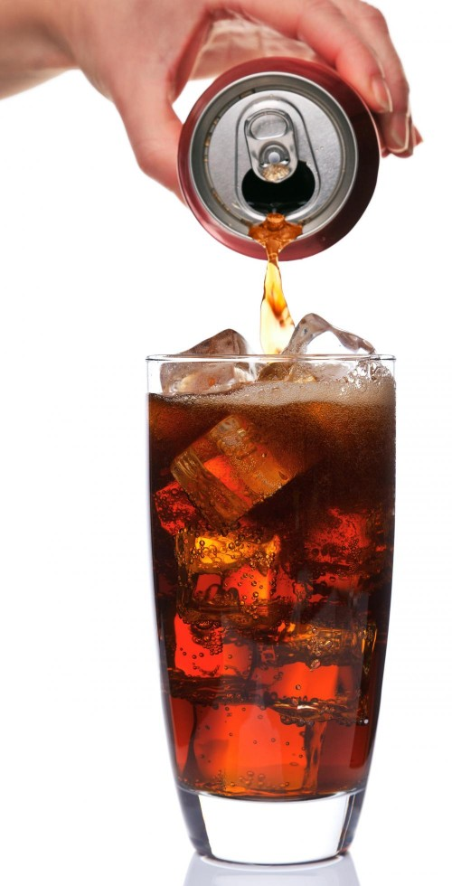 pouring-a-glass-of-cola