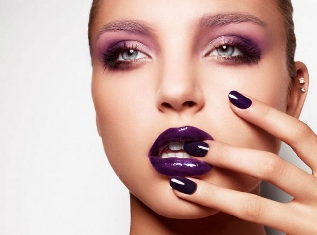 purple-glossy-lips-nails-1024x787