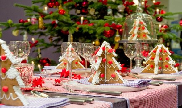 10229_adorable_12_christmas_table_decorations