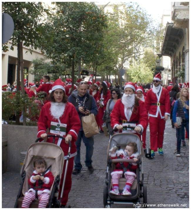 1st ATHENS SANTA RUN 042