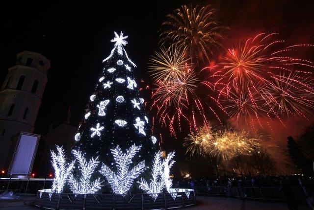 APTOPIX_Lithuania_Christmas_Tr_10129707_ver1.0_640_480