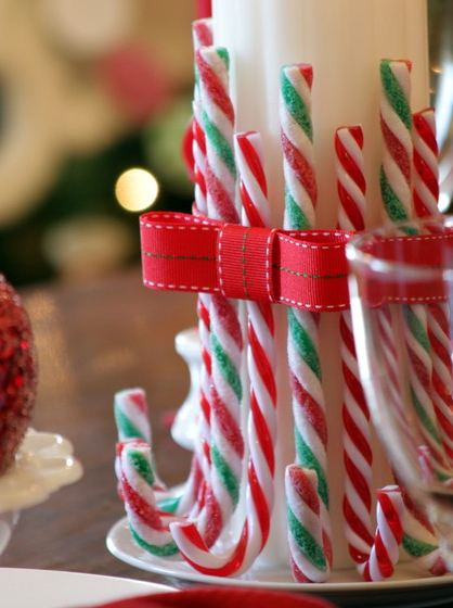 Candy-Cane-Candle
