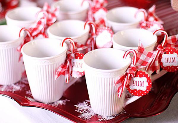 candy-canes-mugs