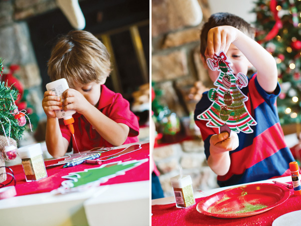 christmas-tree-decorating-1