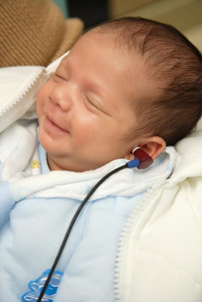 hearing-screening-baby