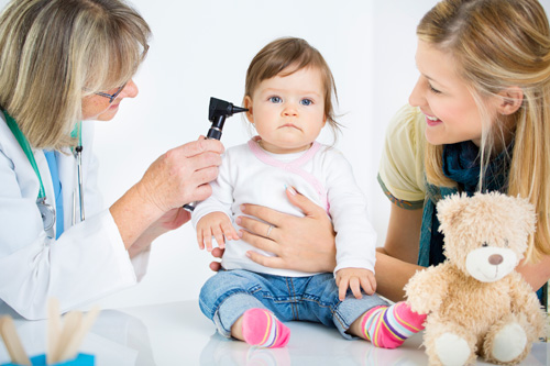 dr-toddler-ear-exam-500px