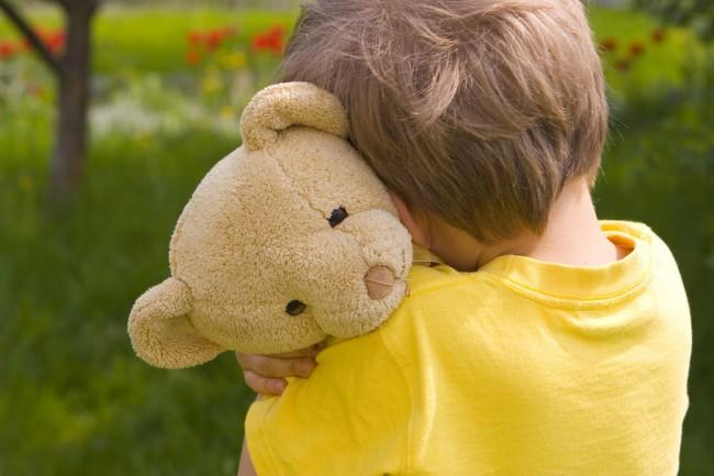 163253__little-boy-sad-sadness-lonely-teddy-bear-child-children-childhood-little-boy-sad-sadness_p