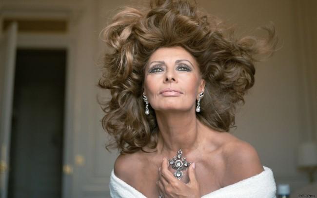 Sophia-Loren-024-1920x1200