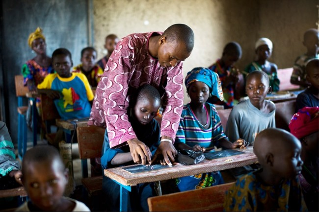 10_full_WestAfricaSpeedSchoolHOME