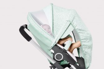 Stokke-Stroller-Summer-Kit-Scribble-Salty-Blue-with-Crusi-Chassis-141113-0767