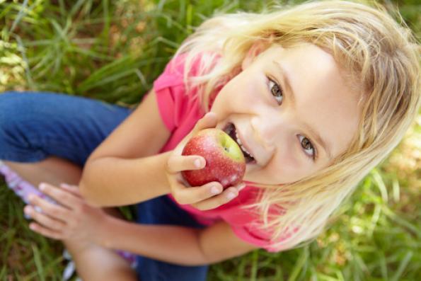 230 εκ € για φρούτα, λαχανικά & γάλα στα σχολεία