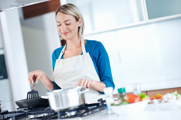 woman-cooking-with-spices