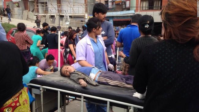 150425040713-nepal-earthquake-7-super-169