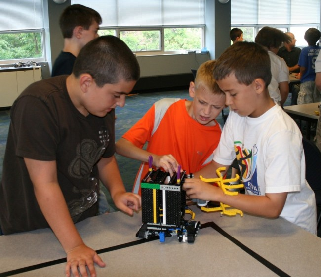 2-KIC-robotics with Lego Mindstorms