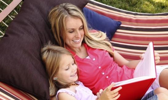 o-MOM-AND-KID-READING-BOOKS-facebook