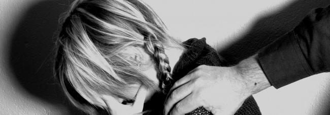 Abused_girl_2_by_lampeskjerm