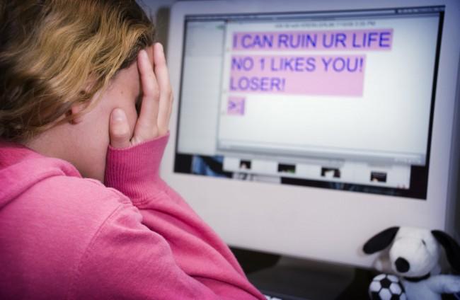 cyberbullying-child1