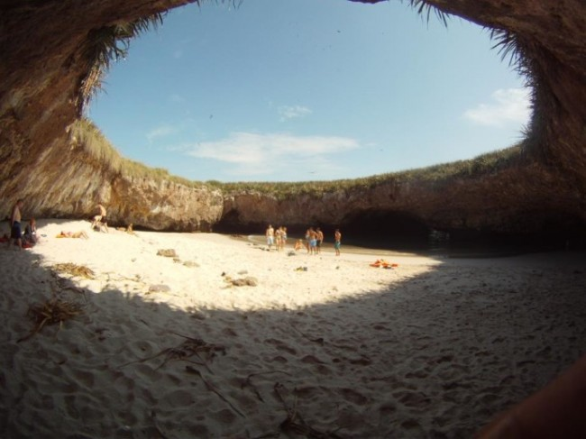 Αποτέλεσμα εικόνας για κρυφη παραλια μεξικο