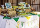 john-deere-dessert-table