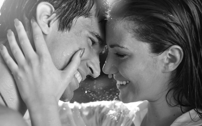 Romantic-Wallpapers-Of-Couples-In-Rain8
