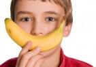kid-with-banana