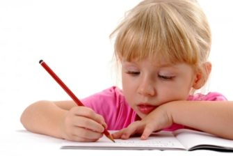 kid_writing_