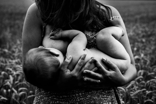 In-honor-of-the-World-Breastfeeding-Week-2015-by-Tammy-Nicole-Photography-20__880