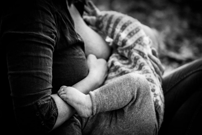 In-honor-of-the-World-Breastfeeding-Week-2015-by-Tammy-Nicole-Photography-24__880