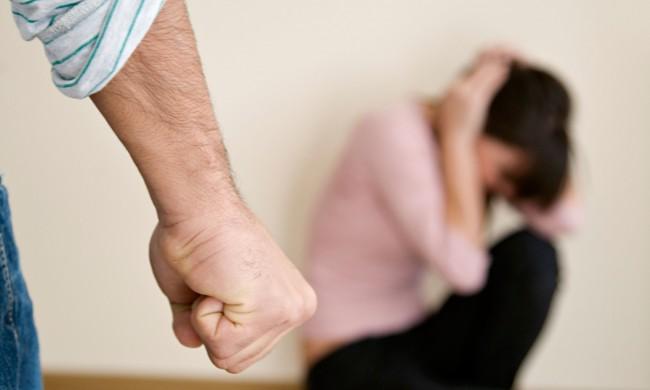 domestic-violence-014