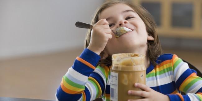 o-KID-EATING-PEANUT-BUTTER-facebook