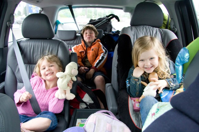 Children-in-the-car