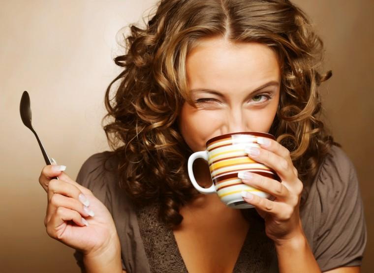 Coffee-Woman-wakeup-CRP