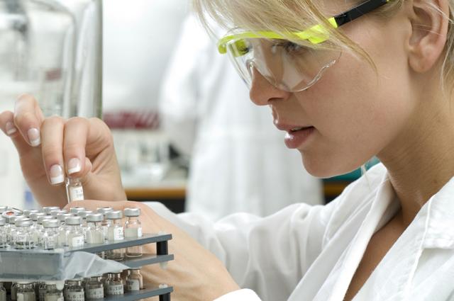 forensic_biologist_v1